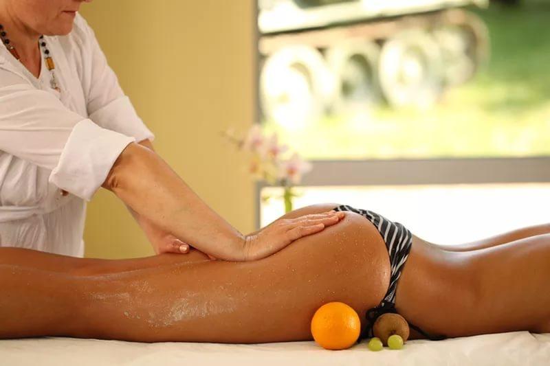 Антицеллюлитный массаж: польза и суть процедуры